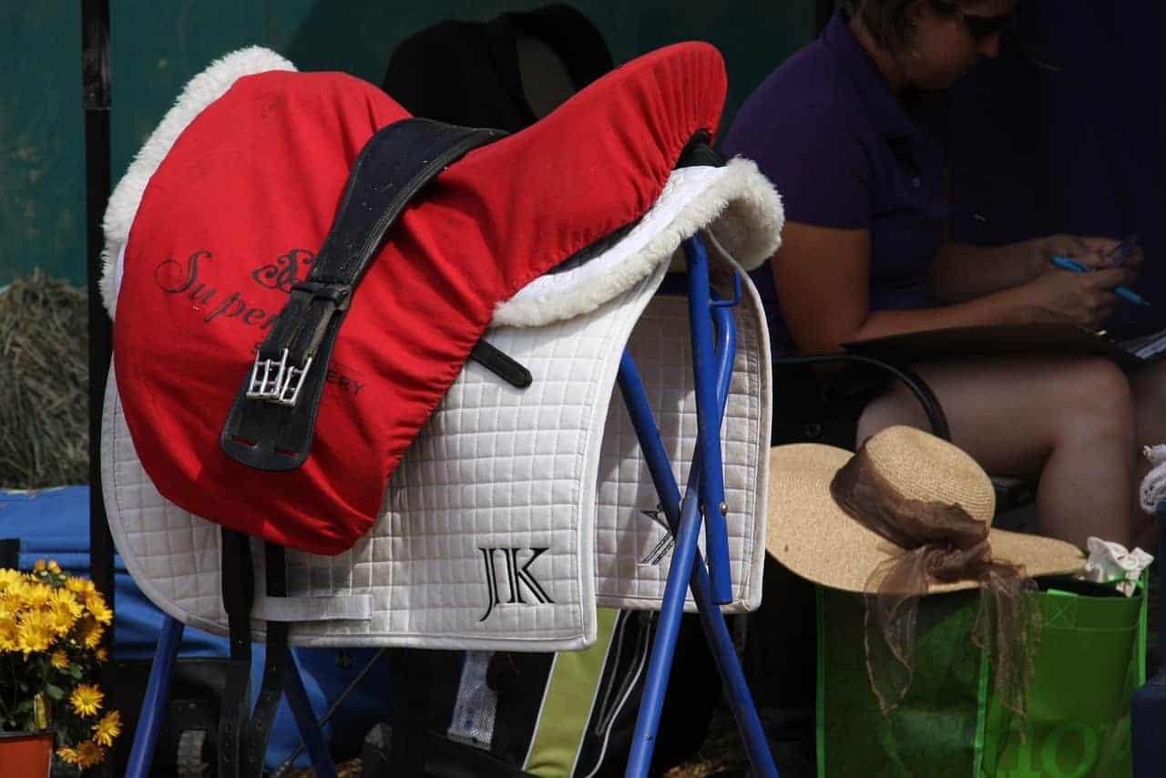 How to Measure an English Saddle